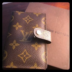 SPECIAL SALE LV  small gently used address book.